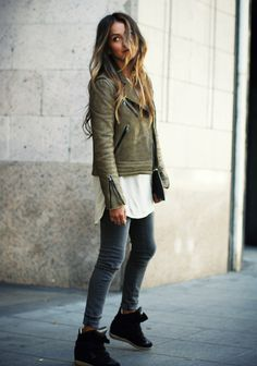 15 Incredibly Stylish Ways To Wear Green Coats And Jackets