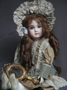 From around the 1880s! The size:57cm / 22.5 inches tall. This is a very rare antique STEINER Porcelain Doll! Europe bank transfer preferred! We are a non-smoking household!