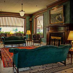 PA GRand Canyon hotel and lodge for fall foliage visit