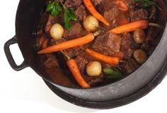 Boeuf bourguignon - Powered by Pot Roast, Ethnic Recipes, Food, Beef Bourguignon, Tagliatelle, Carne Asada, Roast Beef, Essen, Meals