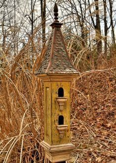 Victorian style birdhouse from Regal Roosts. Bird House Plans, Bird House Kits, Bird Houses Diy, Fairy Houses, Bird House Feeder, Bird Feeders, Birdhouse Designs, Bird Aviary, Butterfly House