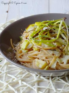 Spaghetti complets à la crème d'échalotes et de poireaux, et au cidre