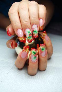 Pink to light pink gradient nails Holiday Nail Art, Winter Nail Art, Christmas Nail Designs, Christmas Nail Art, Winter Nails, Xmas, Crazy Nail Designs, French Nail Designs, Nail Art Designs