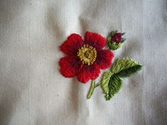 Machine Embroidery Applique, Embroidery Needles, Crewel Embroidery, Embroidery Ideas, Red Cottage, Flower Bird, T Shirt Diy, Needle And Thread, Textile Art