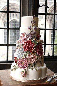 Awesome cake! Really pretty