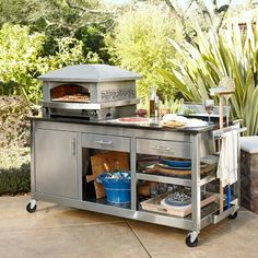 Kalamazoo Artisan Fire Outdoor Pizza Oven & Pizza Station at Williams-Sonoma Pizza Oven Outdoor, Outdoor Cooking, Pizza Station, Pizza Kitchen, Bbq Accessories, Fire Pizza, Outdoor Kitchen Design, Small Outdoor Kitchens, Modern Kitchens