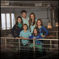 Loving our pigs on our Iowa farm!  www.fishbackfamilyfarms.com http://fishbackfamilyfarms.blogspot.com/   #womeninag #youngfarmers #iowafarmbureau #porkproducersofiowa