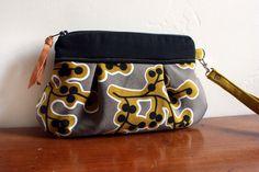 Mini Kitt Wristlet/ Pouch/ Makeup bag/ Wallet in by cindymars7, $22.00