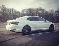 Skoda Superb Porsche, Audi, Car Photos, Fast Cars, Old Cars, Badges, Vw, Transportation, Vehicles