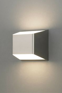 The powerful bi-directional light distribution of the Ebb wall sconce light from Tech Lighting & Luxrail by @CooperInd. Indoor / outdoor LED-based handrail. ANSI ... azcodes.com