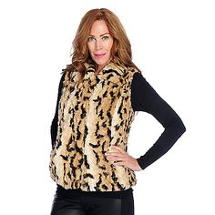 Pamela McCoy Faux Fur Pointed Collar Clasp Front Vest available in black and leopard!