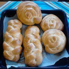 Μοναδικά Τσουρέκια με ζαχαρούχο – Ακόμη και μία βδομάδα μετά παραμένουν ολόφρεσκα Bread, Food, Brot, Essen, Baking, Meals, Breads, Buns, Yemek