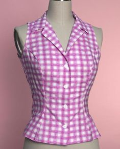 Betsy Blouse - Pink Plaid - Heart of Haute Fancy Tops, Trendy Tops, Frocks And Gowns, Choli Dress, Kurta Neck Design, Modelos Fashion, Evening Tops, Princess Outfits, Printed Skirts
