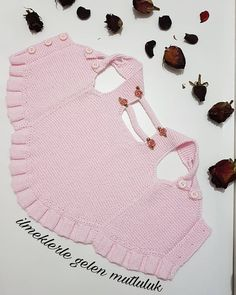 Bunny Blanket Buddy (Knit) 50722 pattern by Lion Brand Yarn Baby Cardigan, Baby Pullover, Crochet For Kids, Crochet Baby, Knit Crochet, Diy Crafts Dress, Crochet Jacket, Baby Girl Romper, Dog Dresses