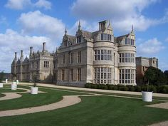 Kirby Hall is one of England's greatest Elizabethan and 17th-century houses