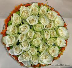 ...dit ga ik komend weekend maken voor mijn vriendin en haar verrassen met deze bloemtaart...bloementaart,met uitleg hoe te maken...