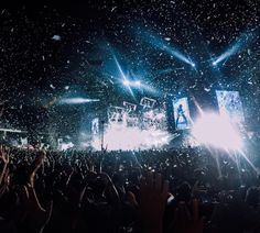 Let's go to #Italy with @dan_vit03 for #MusicMonday who was soaking in the vibe during #livekom015 a summer concert tour featuring Vasco Rossi. Share your favorite shows with us via link in our bio. #GoPro #GoProMusic by gopro