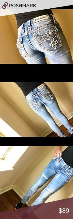 NWT!! Rock Revival Jeans Skinny Retail Price 210. New with tag!! Rock Revival Jeans  Size: 26 Inseam: 32 Style: skinny  Materials: 98% cotton 2% elastane  Designed in USA made in China  Retail price: 210.00 Rock Revival Jeans Skinny