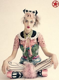 fashion editorials, shows, campaigns & more!: the joker's wild: magda laguinge by paolo roversi for vogue uk april 2012 Foto Fashion, Quirky Fashion, Fashion Week, Fashion Art, Editorial Fashion, High Fashion, Fashion Design, Punk Fashion, Colorful Fashion