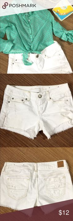American Eagle White Sexy Stretch Cut Off Short 6 I WISH! But they'll look great on YOU this summer. Enjoy! There are 2 very very faint spots but not noticeable. American Eagle Outfitters Shorts Jean Shorts