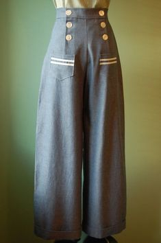 As I continue to work on this 1770s Sack Back Gown pattern, my mind is fast forwarding to the 1940s as we get ready to say farewell to Molly and hello to Clementine. How about some fun sailor pants for them?