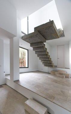 индустриальная бетонная лестница лофт