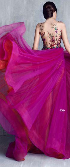 TONY CHAAYA S/S 2016 COUTURE♔♔♔ Espectacular combinación de la falda