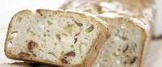 Πρωτοτυπήστε φτιάχνοντας ένα πεντανόστιμο αλμυρό κέικ με δυο αγαπημένα ελληνικά τυρια!