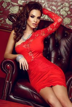 Beautiful and sexy women. in beautiful and sexy clothes and poses Sexy Outfits, Sexy Dresses, Formal Dresses, Fashion Face, Fashion Beauty, Atmosphere Fashion, Dress Skirt, Bodycon Dress, Vestidos Sexy