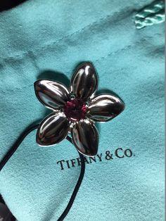 185e1b39c Tiffany & Co Pink Tourmaline Flower Pendant 2003. Free shipping and  guaranteed authenticity on Tiffany. Tradesy