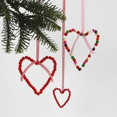 So simple. Danish Christmas, Christmas Mood, Scandinavian Christmas, Christmas 2019, Kids Christmas, Christmas Crafts, Christmas Decorations, Christmas Ornaments, All Things Christmas