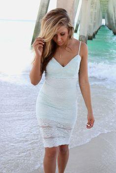 Seaside Beauty Fitted Lace Mint Midi Dress