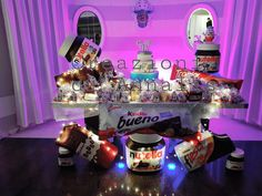 Allestimento con kinderata per un 18° compleanno! #kinderata #eventi #allestimento #Napoli #festa #cioccolato #kinder #chic Nutella, Box, Confetti, Sweet, Party, Biscotti, Table, Meet, Staging