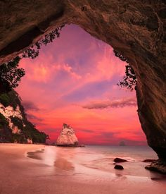 Cathedral Cove is a very beautiful place in New Zealand. Check here all travel guide and information about Cathedral Cove with new photos-images. Beautiful Places To Visit, Beautiful World, Beautiful Sunset, Amazing Places, Beautiful Gorgeous, Beautiful Scenery, Beautiful Beaches, Simply Beautiful, Beautiful Sites