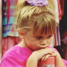 ashley olsen icons on Tumblr Michelle Tanner, Music Cover Photos, Music Covers, Full House Michelle, Cute Bunny Cartoon, Current Mood Meme, Olsen Twins, Celebrity Travel, Ashley Olsen
