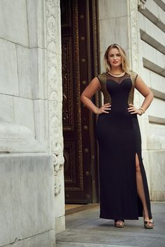 Gina Swire. Curvy Fashion, Plus Size Fashion, Fashion Beauty, Girl Fashion, Curvy Outfits, Plus Size Outfits, Plus Size Model, Stunning Dresses, Dress Me Up
