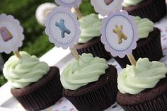 Travelling Mama: In the Night Garden Birthday Party} Garden Birthday, 1st Boy Birthday, 1st Birthday Parties, Birthday Ideas, Night Garden, Dessert Buffet, Garden Theme, Travelling, Lily