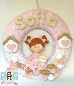Felt Wreath, Busy Book, Projects To Try, Felt Projects, Picture Frames, Baby Gifts, Banner, Teddy Bear, Wreaths