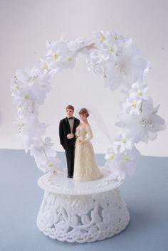 ~~Vintage Wedding Cake Topper~~