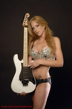 Courtney cox guitarist nude