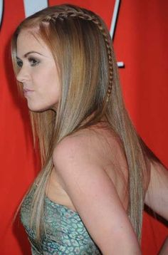 Isla Fishers long straight hairstyle with braid