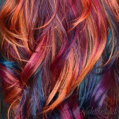 Tropical color melt is even better up close #violetthestylist #bouffantbabes #btconeshot_color16 #btconeshot_rainbow16 #btconeshot_hairpaint16 #btconeshot_transformations16