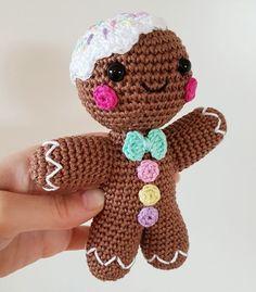 Gingerbread Man amigurumi pattern - Amigurumipatterns.net