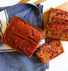 Beets & Turmeric Quick Bread - Bake at Turmeric Juice, Turmeric Recipes, Beet Recipes, Vegetarian Recipes Easy, Quick Bread, How To Make Bread, Blueberry Loaf, Make French Toast, Easy Holiday Recipes