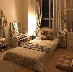 Meu ninho for the home de 2019 cozy apartment decor, bedroom decor e room d Small Room Bedroom, Home Bedroom, Bedroom Decor, Bedroom Ideas, Decor Room, Bed Room, Master Bedroom, Dream Rooms, Dream Bedroom