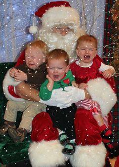 A veces los padres piensan que llevar a los niños a ver a Santa Claus es un momento ideal, no en este caso Jaja! #Navidad #Gif #Christmas