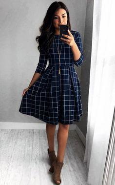 Alice Grid Dress – In der Marine - Kleider Mode Elegant Dresses, Women's Dresses, Cute Dresses, Summer Dresses, Fall Dresses, Wedding Dresses, Formal Dresses, Awesome Dresses, Work Dresses