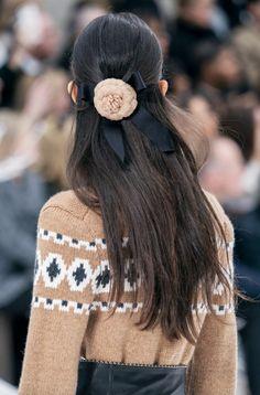 Glänzende Haarklammer Haarspange Schwarz Weiß Braun Haarschmuck Haare Frisur NEU