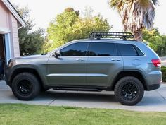 grand cherokee mods * wkrp in cincinnati ` wk ` grand cherokee mods ` wku hilltoppers ` wk logo ` wkd blue cake ` wkm colonel ` wku dorm room Jeep Grand Cherokee 2012, Lifted Jeep Cherokee, Jeep Wrangler Lifted, Grand Cherokee Overland, Lifted Jeeps, Jeep Wranglers, Jeep Cars, Jeep Truck, Truck Camper