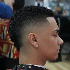 Haircut by l0u_da_barber http://ift.tt/1kGmvIc #menshair #menshairstyles…